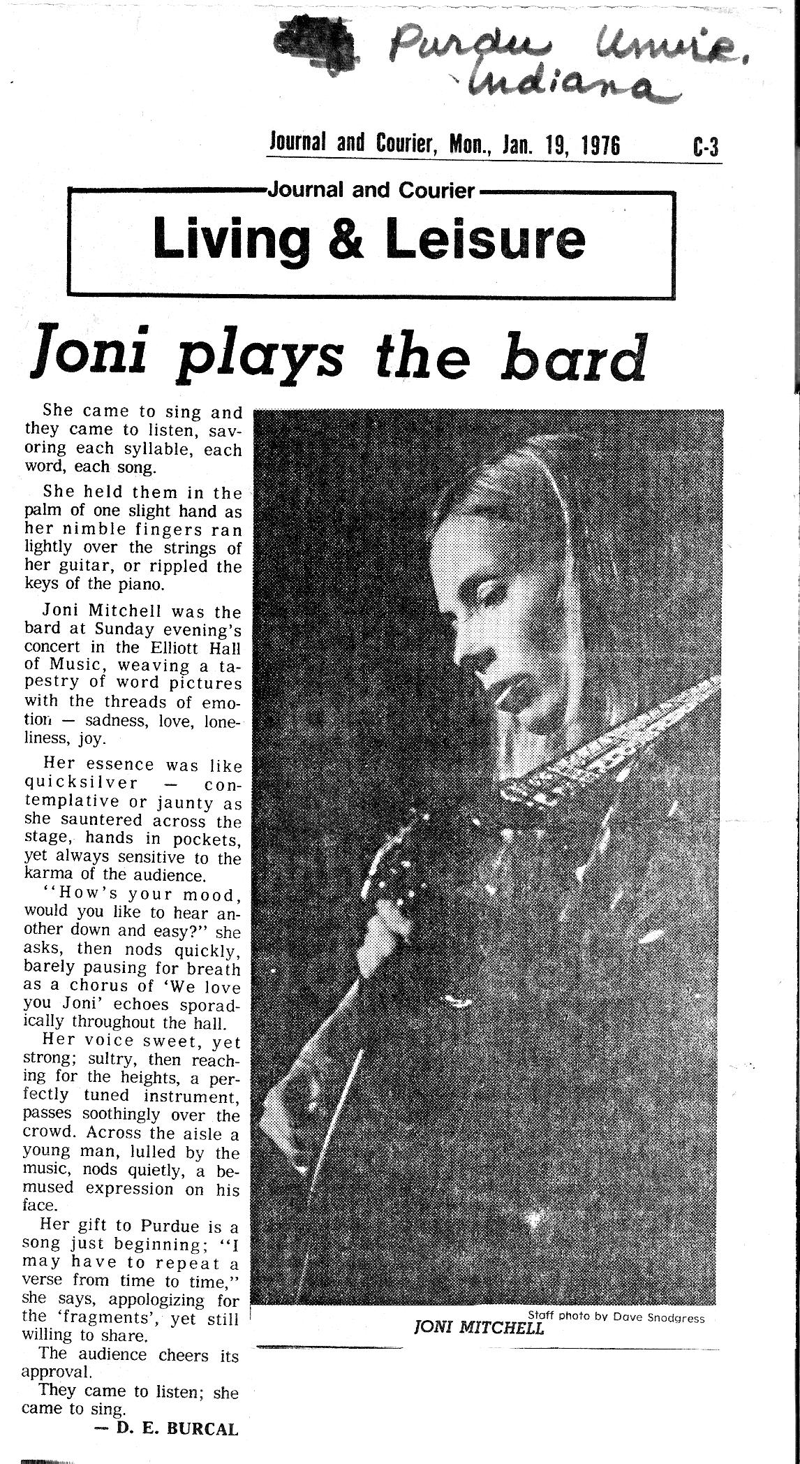 Joni Mitchell Purdue 1976 Vel Selvan Saxophone...Click to return to LA Express Main Page